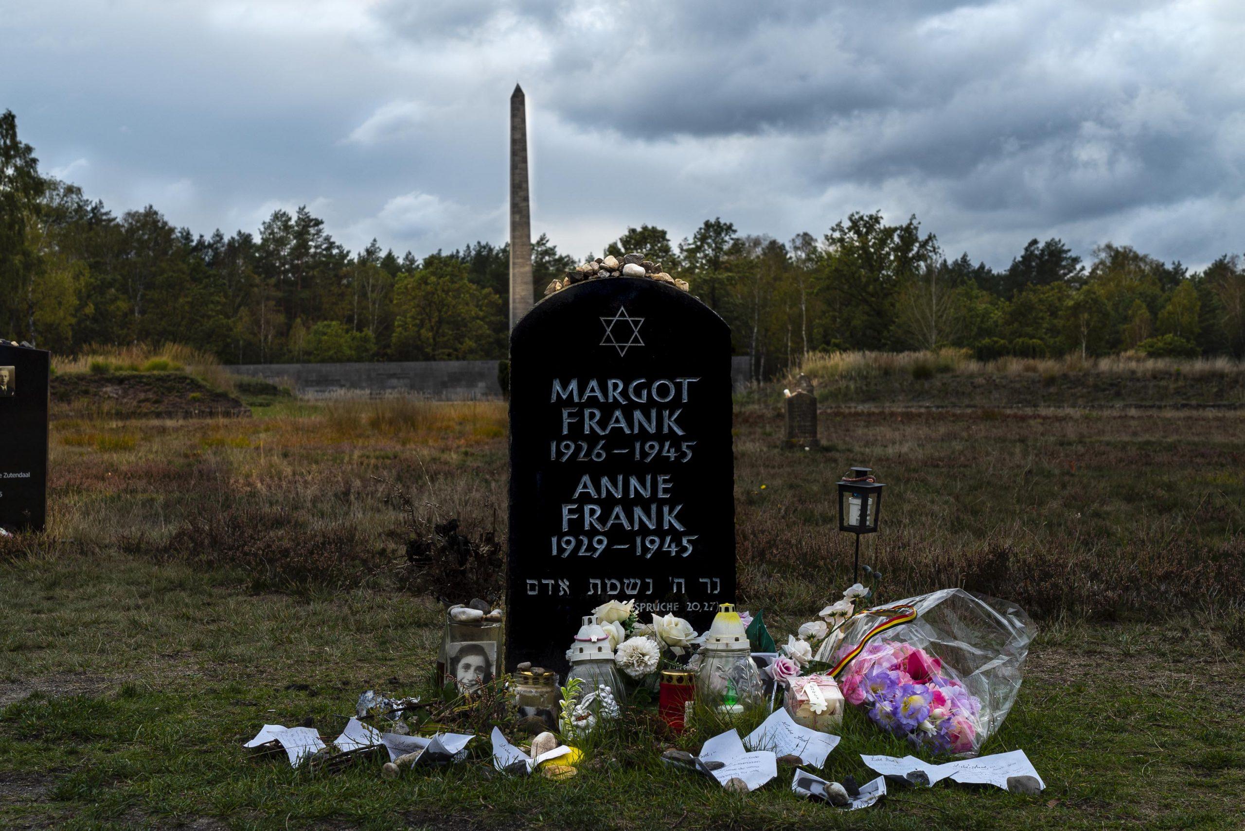 Grabstein für Anne Frank als Denkmal
